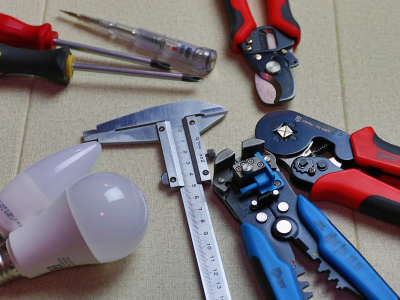 attrezzi utilizzati per pronto intervento assistenza elettricista bergamo